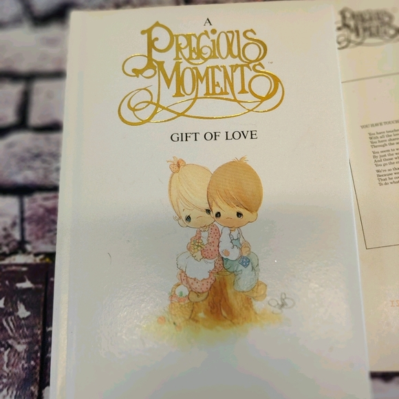 Precious Moments Gift of Love Book